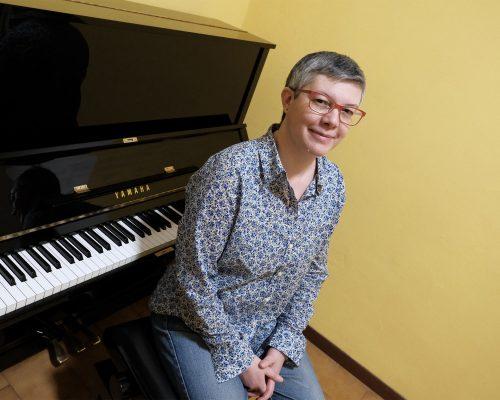Insegnante di pianoforte e prime note